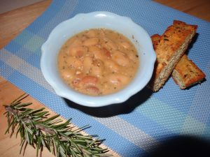 Herby Bean Soup: Aromatic, healthy, easy to prepare bean soup. Sure to please your taste buds any time of year!